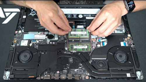 reparación o mantenimiento- laptos gamer-trabajo profesional