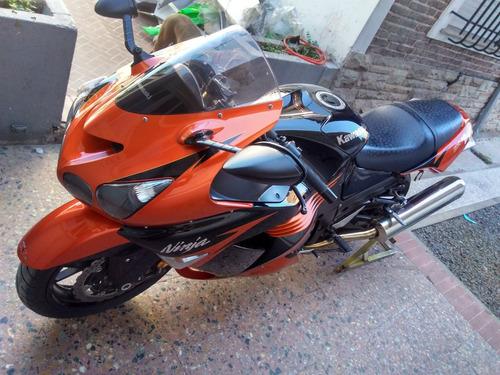 reparación pintura de carenados plásticos motos alta gama