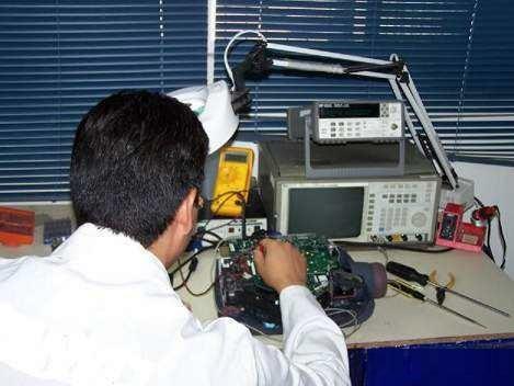 reparación profesional de proyectores digitales
