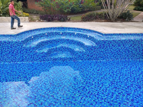 reparación y construcción de piscinas