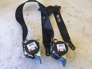 reparación y desbloqueo de cinturones