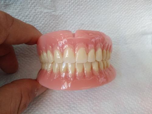 reparacion y fabricacion protesis dental