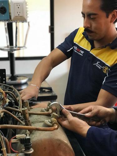 reparación y mantenimiento a máquinas de café de grupos