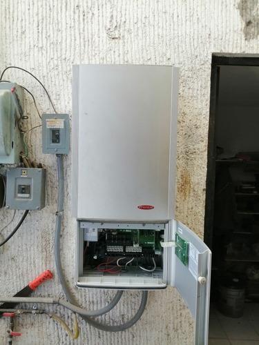 reparación y mantenimiento de inversores solares