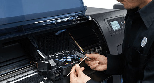 reparación y mantenimiento  ploters, impresoras y periférico
