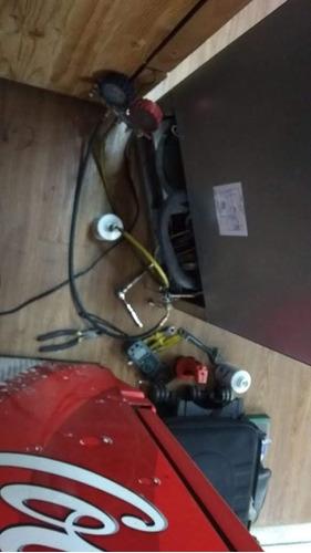 reparacion y mantenimiento todo tipo de lavadoras y neveras.
