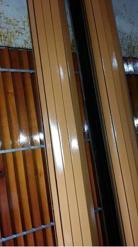 reparación y restauración de cortinas de enrrollar.