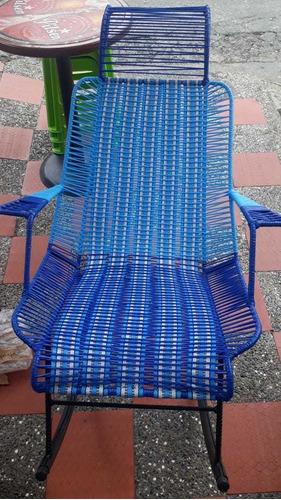 reparaciones de sillas en hierro y mimbre plástico a domicil