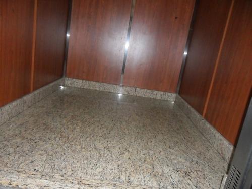 reparación,mantenimiento,inst,decoración de ascensores.
