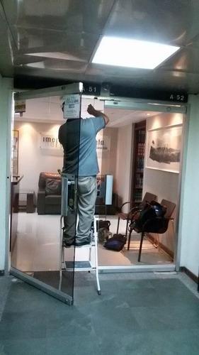 repararacion,manten,puerta de vidrio cristal, instalar freno