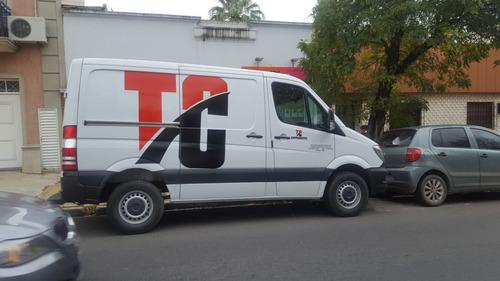 reparto flete transporte camioneta furgón carga peligrosa