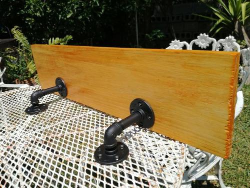 repisa madera vintage de tubería industrial para decoración
