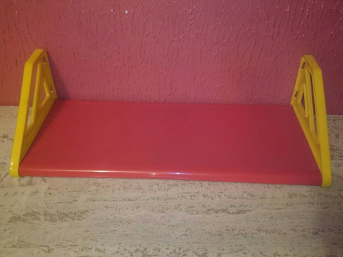repisa minimalista plastica 62x26cm 16.5cm alto vendo cambio