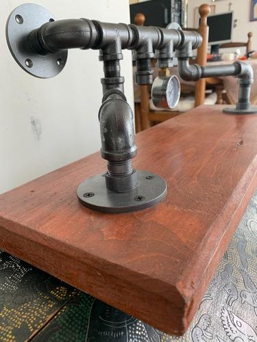 repisa vintage estilo industrial con manómetro steampunk