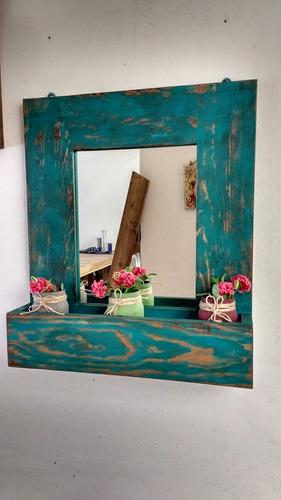 repisas con espejo