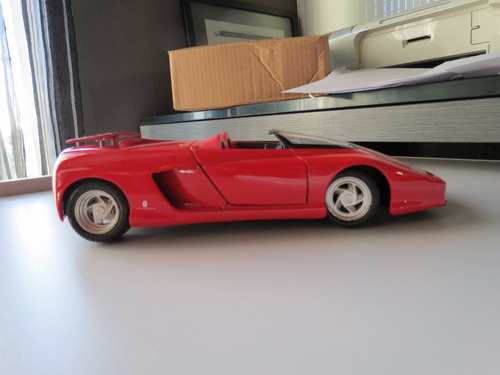 replica ferrari mythos 1/18 guiloy