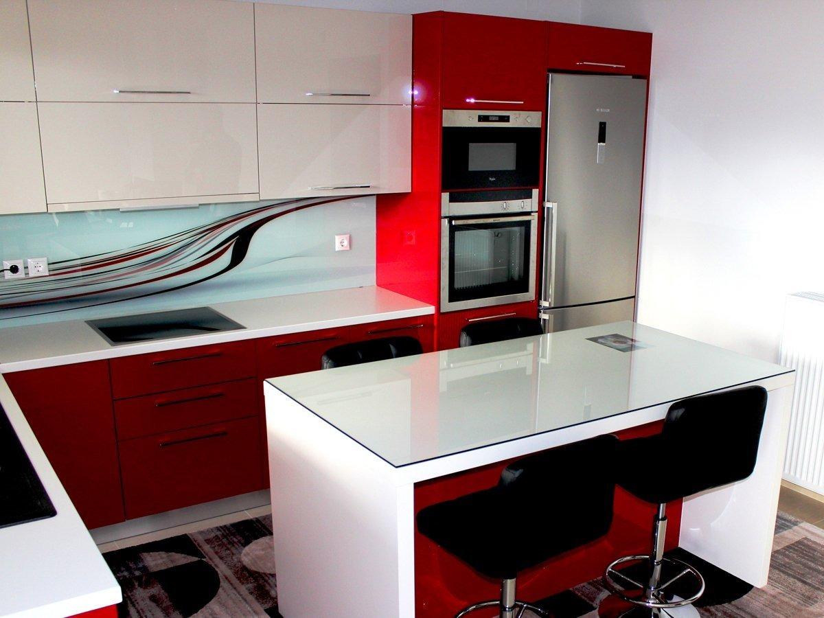 Repostero de cocina de melamina y encimera de granito s for Decoracion cocina pequena moderna