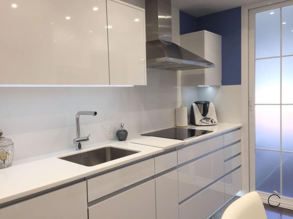 Reposteros muebles de cocina melamine madera postformado s 9 00 en mercado libre - Cocina blanca moderna ...
