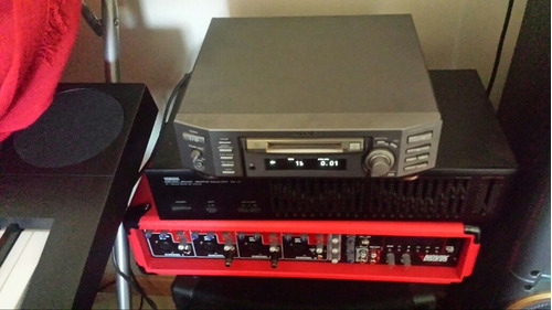 reproductor minidisk + 11 discos sellados