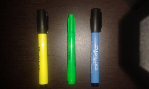 resaltadores en amarillo, verde y azul