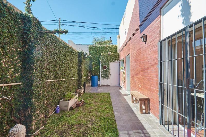 reservado - ph 3 ambientes playroom con cochera, jardín y terraza