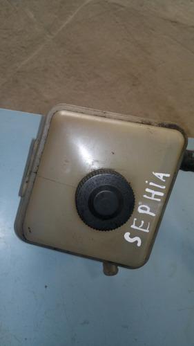 reservatório da direção hidraulica kia sephia ano 1995