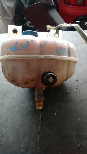 reservatório de água do radiador uno vivace