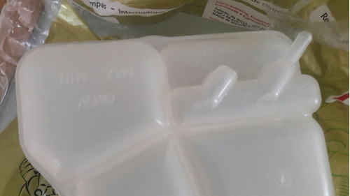 reservorio o envase radiador fiesta ecosport 1.6 florio