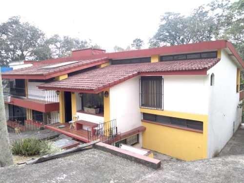 residencia amplia y bien ubicada en la zona de el campestre
