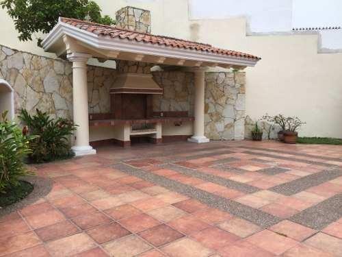 residencia californiana en venta, fracc. las villas, tampico, tamaulipas.