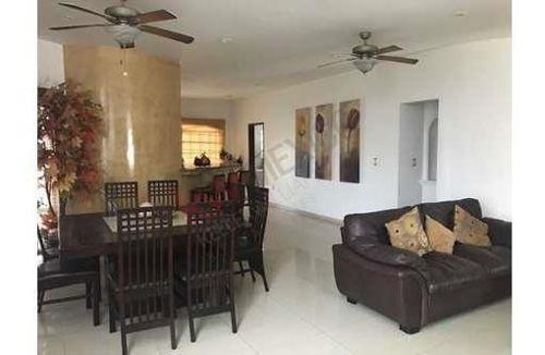 residencia en comunidad privada / residence in gated community