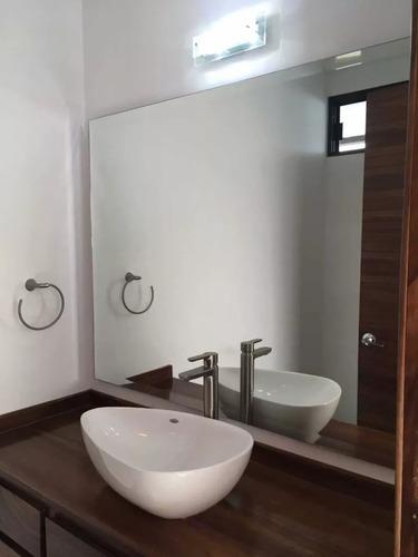 residencia en cumbres del lago, 4ta rec en pb, jardín, estudio, 4 baños, premium