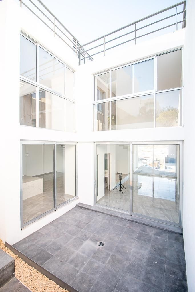 residencia en cumbres del lago, c420 m2, gran roof garden, sótano, de lujo !!