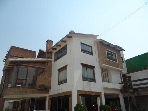 residencia en fraccionamiento con 6oomtrs de jardín, tlalpan