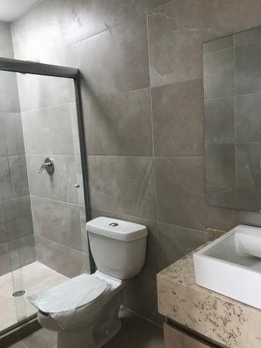 residencia en la condesa juriquilla, 3 recamaras, 3.5 baños, cto serv, jardín..