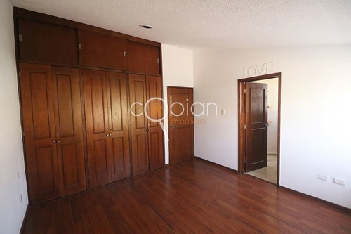 residencia en venta, av. alejandra