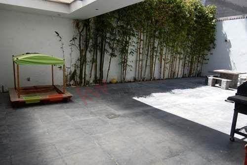 residencia en venta -  bugambilias 2da sección
