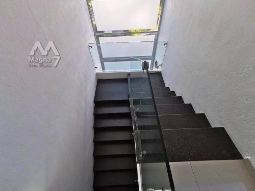 residencia en venta dentro de coto col. jocotán