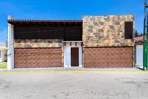 residencia en venta en fraccionamiento rincones de la calera