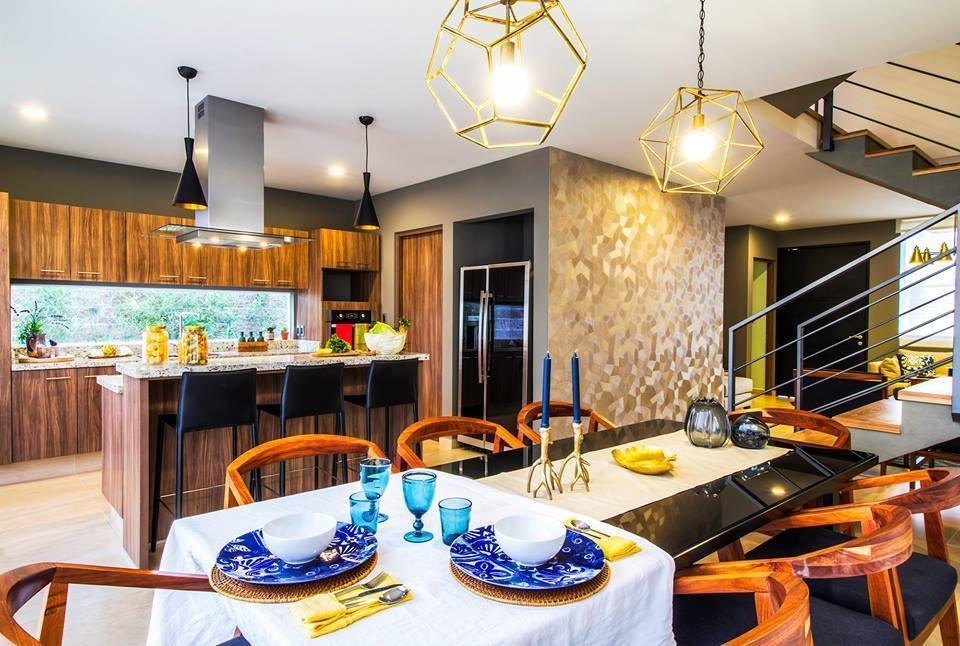 residencia en zibatá, 4 recámaras, 6 baños, estudio, alberca roof garden de lujo