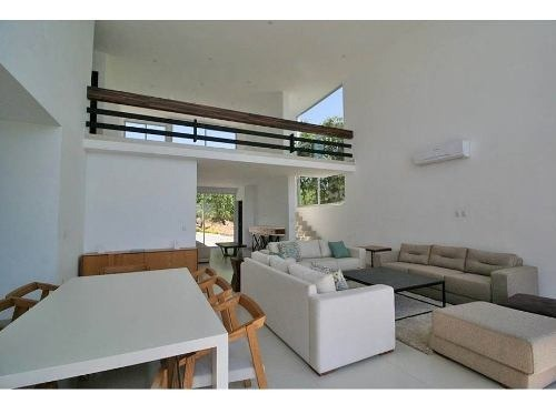 residencia estilo minimalista en fraccionamiento burgos