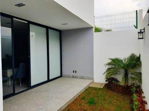 residencia nueva en venta en  el encanto metepec