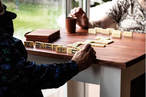 residencial adultos mayores, tercera edad.