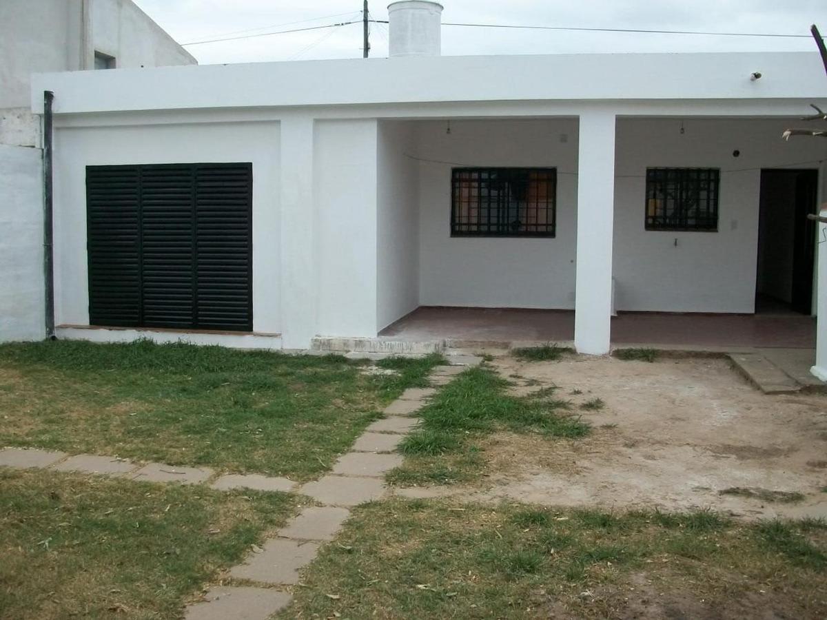 residencial america - casa 2 dormitorios - 250 sup. total