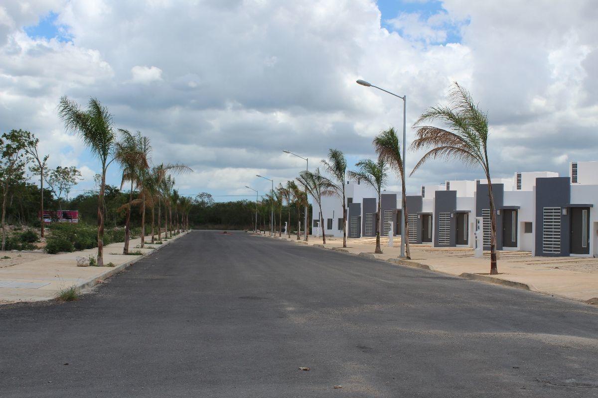 residencial paseo alegria, al poniente de la ciudad en tixcacal,  dos planta