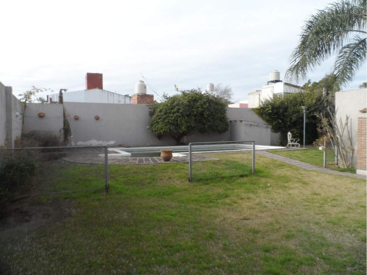 residencial velez sarsfield, cuatro dormitorios, pileta