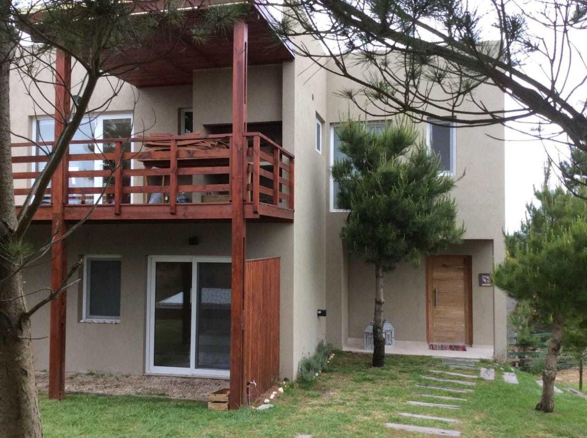 residencial1 217, costa esmera casa 6 am5 baños y pileta