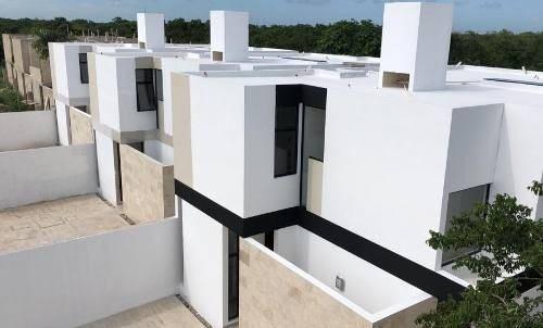 residencias con piscina en entrada a conkal