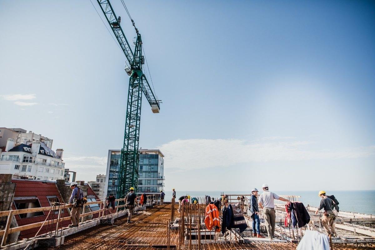 residencias roque suarez - colón y la costa - primera línea de mar - diseño y construcción premium
