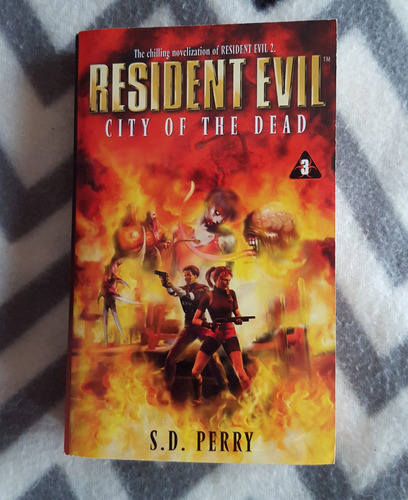 resident evil city of the dead (libro vol.3)